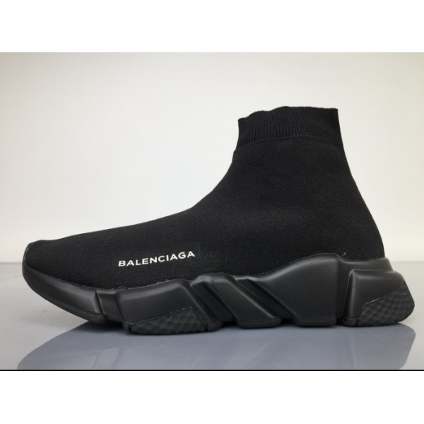 balenciaga speed runners