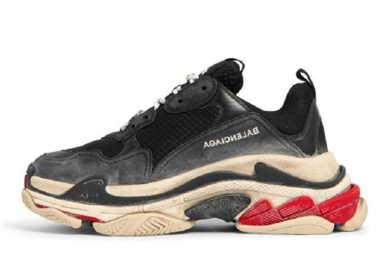 balenciaga triple s fake